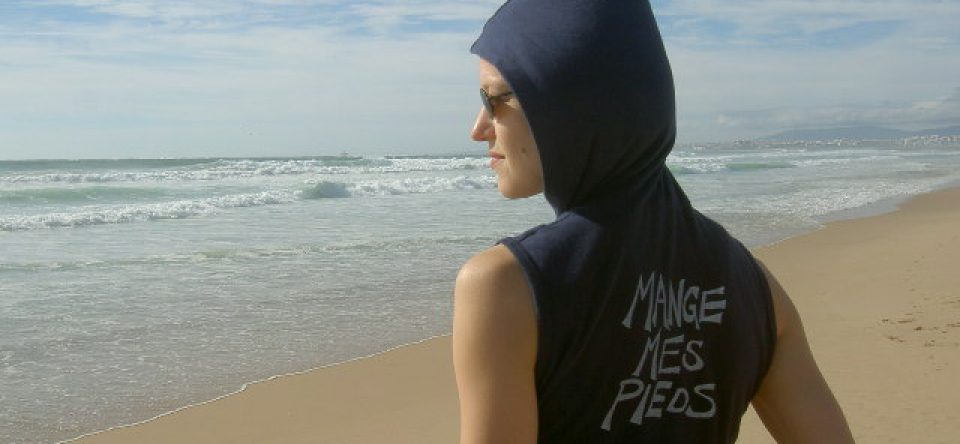 cropped-mag-with-mmp-shirt-on-the-beach.jpg